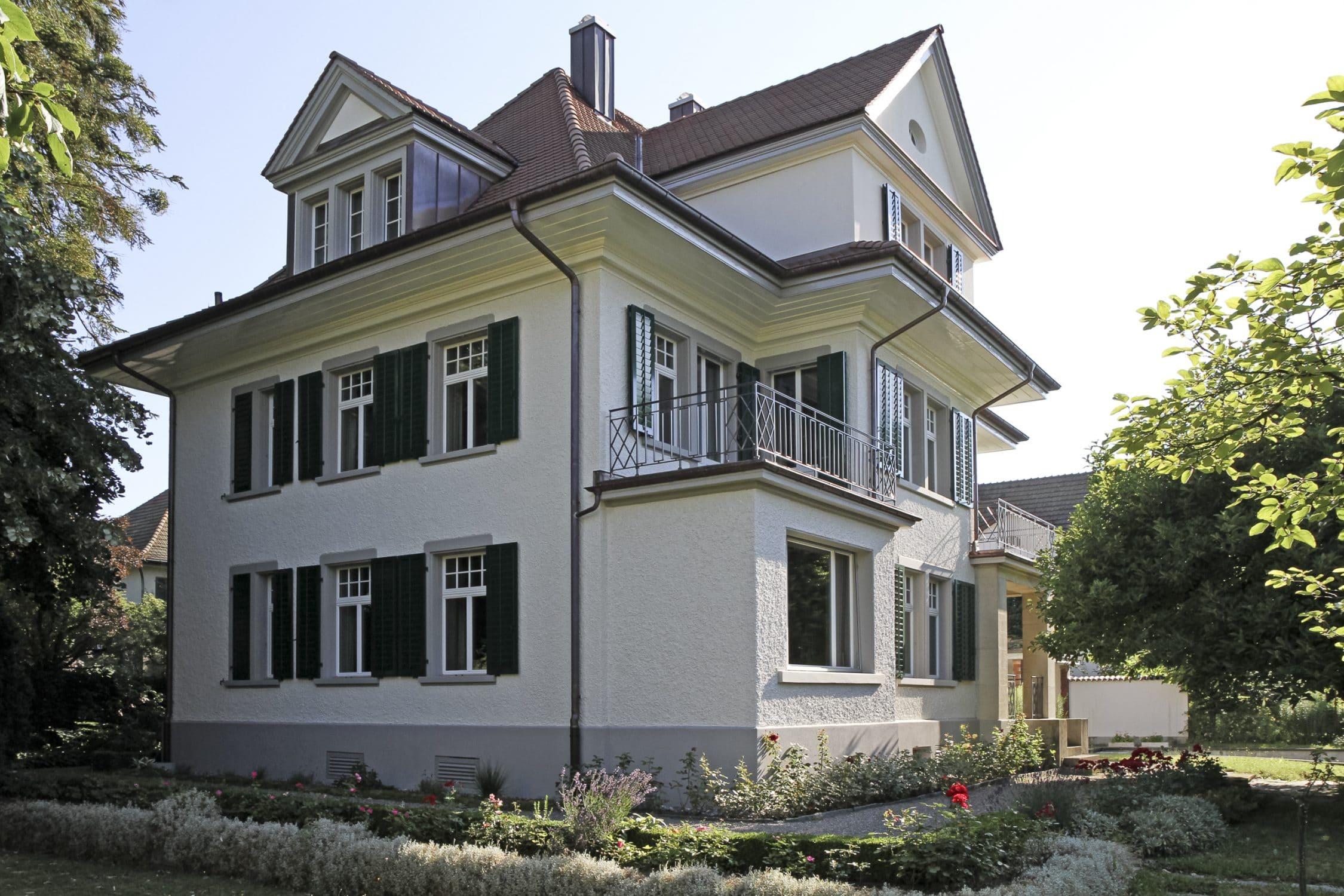 Stierli Architekten AG — Aussensanierung Aarau