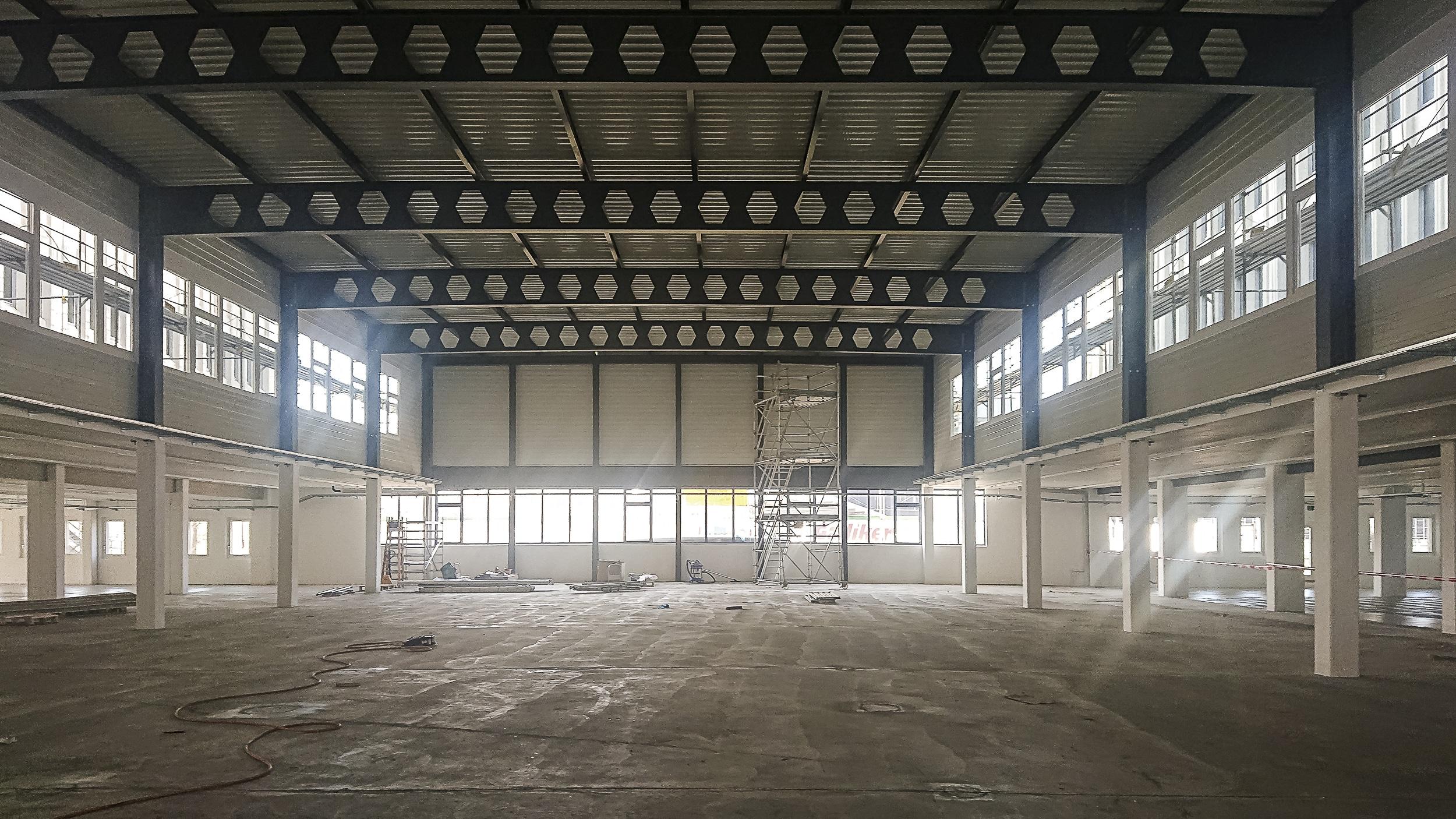 Stierli Architekten AG — Industriehalle Lupfig